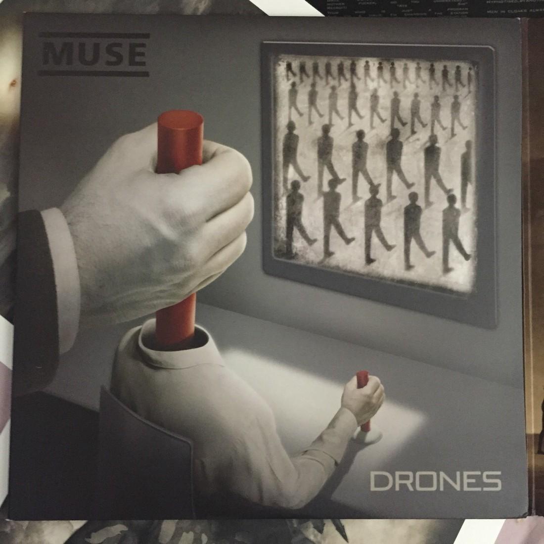 jaquette-muse-drones