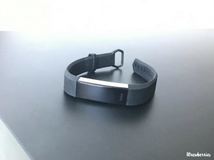 Bracelet connecté Fitbit Alta Hr Noir