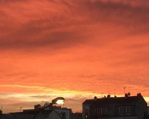 Ciel vu de mon quartier de bon matin en février