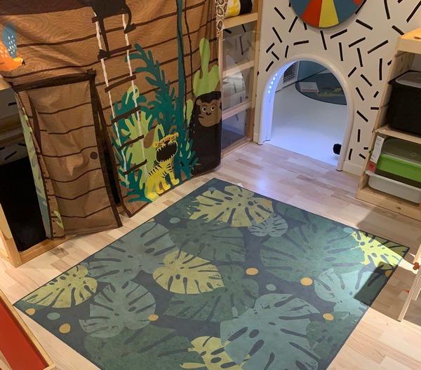 tapis motifs feuilles monstera deliciosa ikea chambre enfant