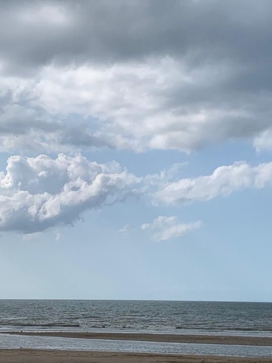 ciel nuageux aout 2019 plage de blonville sur mer